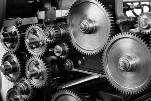 Gears: Moc silnika nie jest równoznaczna z mocą agregatu, więc jeśli nie jest ona podana należy ją obliczyć.