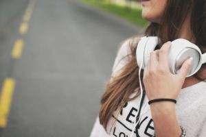 Warto zwrócić uwagę na głośność działania, żeby nie musieć używać słuchawek wygłuszających.